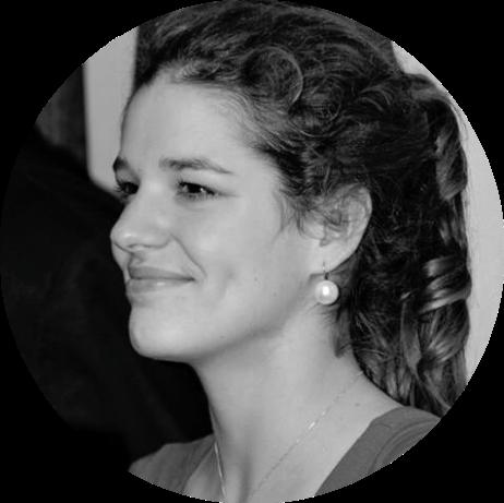 Eugenia Cao di San Marco, ventidue anni di vita che adesso si gioca tra Genova e Milano. Studentessa di Psicologia e appassionata di chitarra e vela. Sempre a caccia di tramonti. Scrittrice, correttrice di bozze e fondatrice del Polo Positivo.