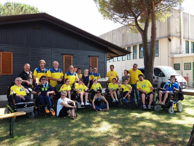 n08_Wheelchairhockey_Falcons01.jpg