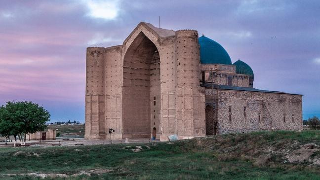 khoja-ahmed-yasawi-mausoleum-kazakhstan-1.jpg