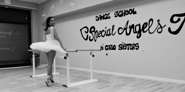 2 Virginia nella Special Angels Dance School